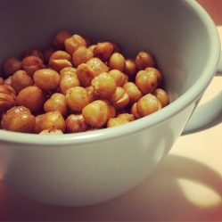 roasted chickpeas.jpg